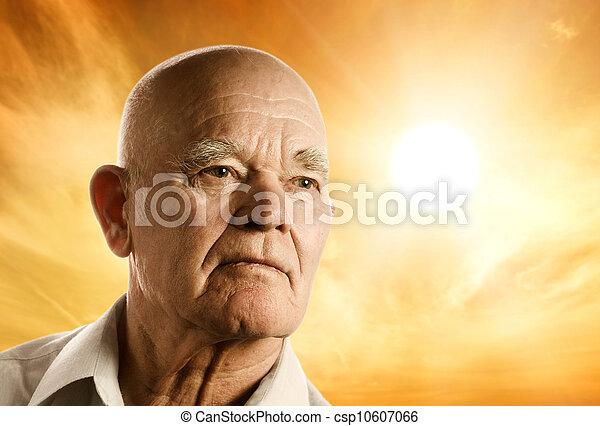 Retrato de un anciano - csp10607066
