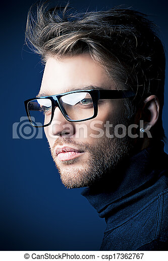 Retrato de un hombre - csp17362767