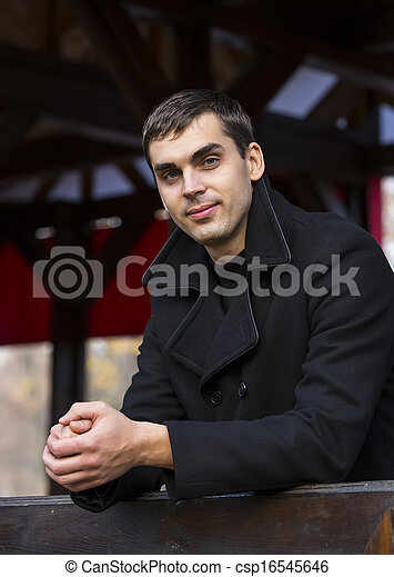 Retrato de un joven - csp16545646