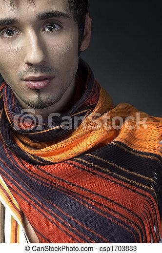 Retrato de un joven hombre de negocios - csp1703883