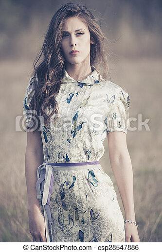 retrato, moda - csp28547886