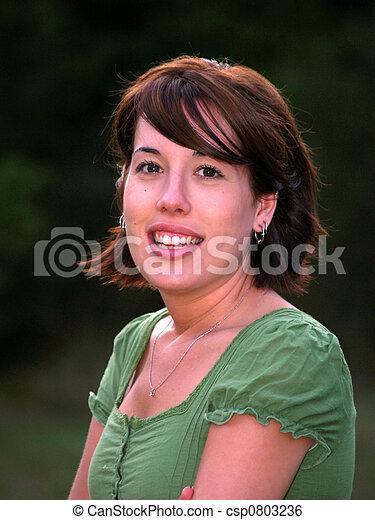 retrato, mujer, adulto joven - csp0803236