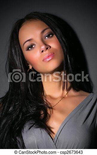 retrato, mulher, morena, jovem - csp2673643