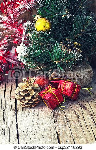 Retro Christmas Decoration Old Fashioned Christmas Decoration On