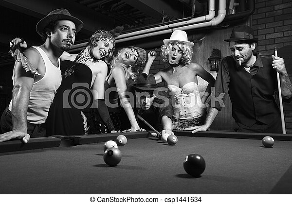 Retro group playing pool. - csp1441634