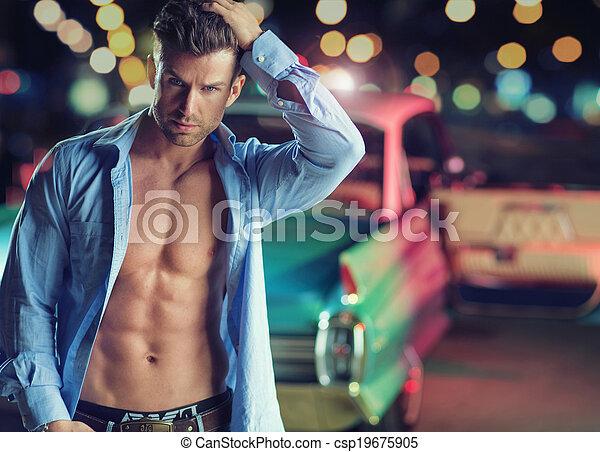 retro, muscular, homem, jovem, car - csp19675905