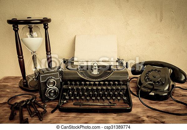 Retro typewriter - csp31389774