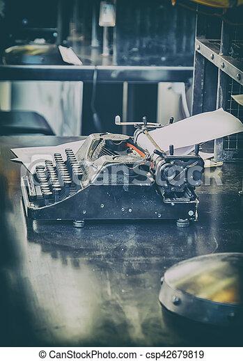 retro typewriter - csp42679819