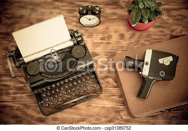Retro typewriter - csp31389752