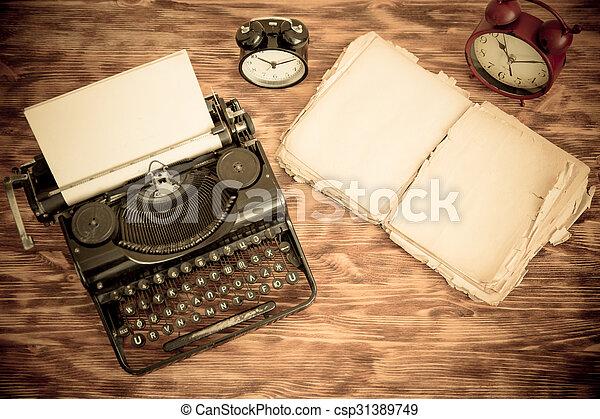 Retro typewriter - csp31389749