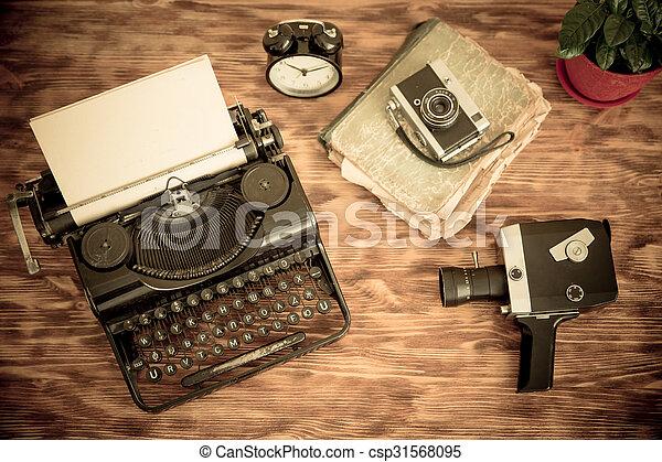 Retro typewriter - csp31568095