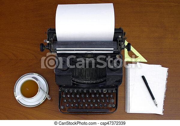 Retro typewriter - csp47372339