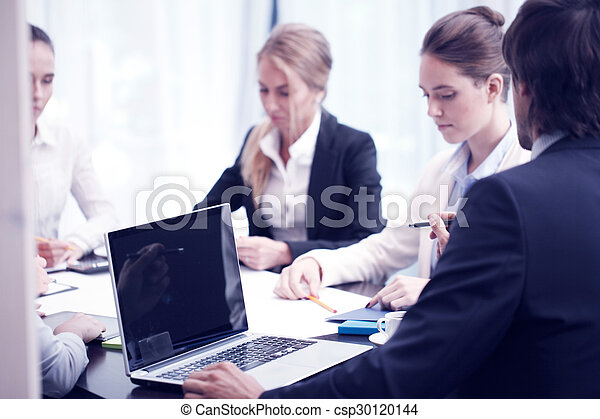 Reunión de gente de negocios - csp30120144