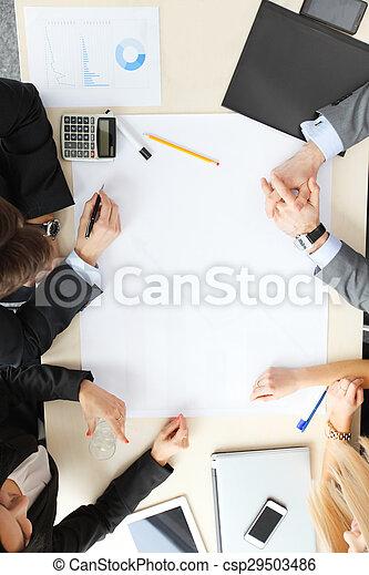 Gente de negocios en reunión - csp29503486
