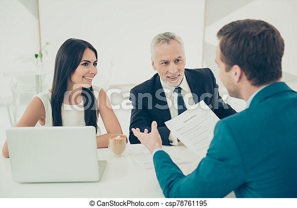 reunión, futuro, discutir, condiciones, contrato, personas empresa - csp78761195