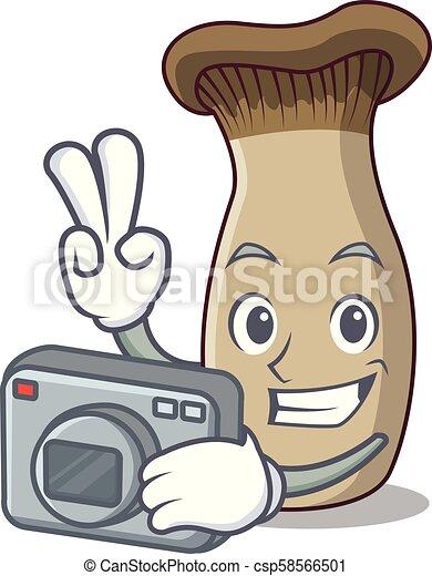 Fotógrafo rey trompeta dibujos animados mascota de hongos - csp58566501