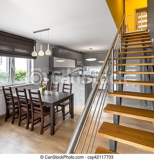 Rgeoffnete Wohnung Treppe Boden Wohnung Treppe Bereich Boden
