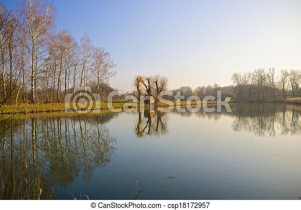 Rheinauen Hut 2 - csp18172957
