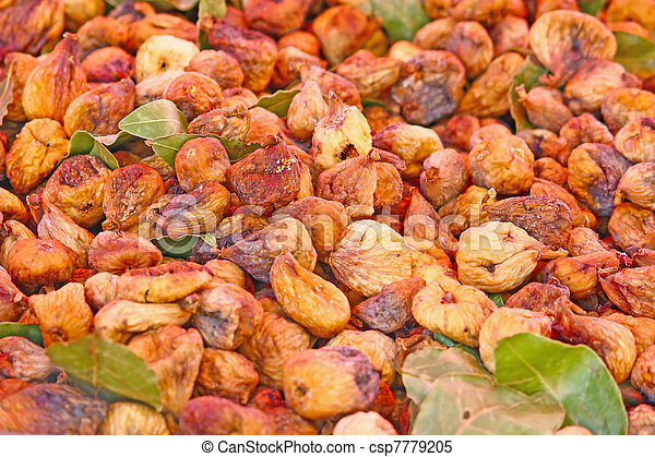 Ripe figs - csp7779205