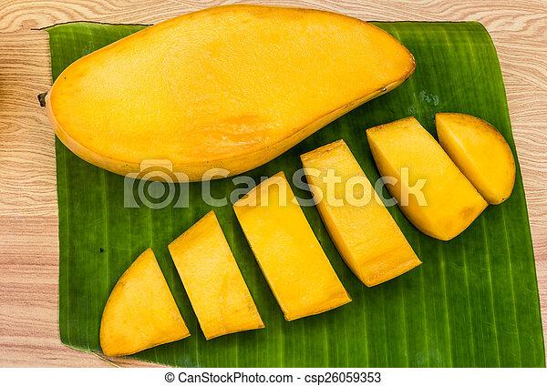 ripe mangoes - csp26059353