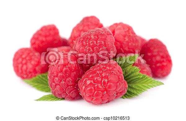 Ripe raspberries with leafs - csp10216513