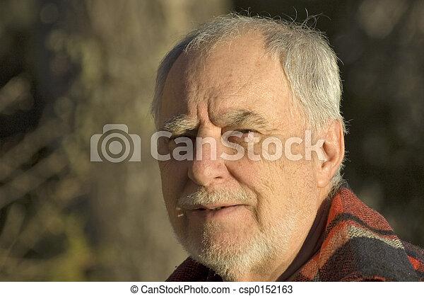 rire, homme mûr - csp0152163