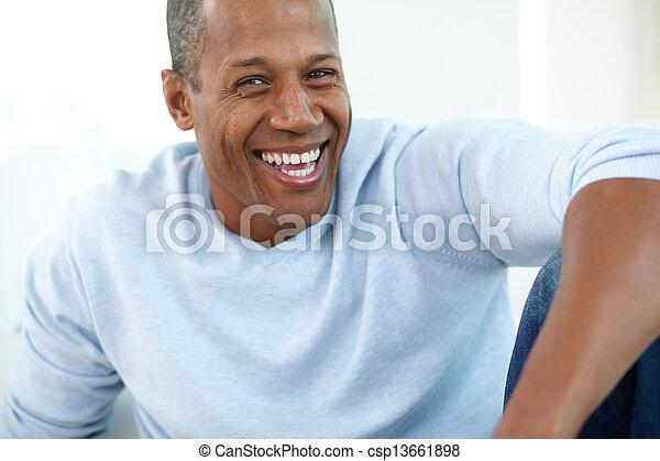 rire, homme - csp13661898