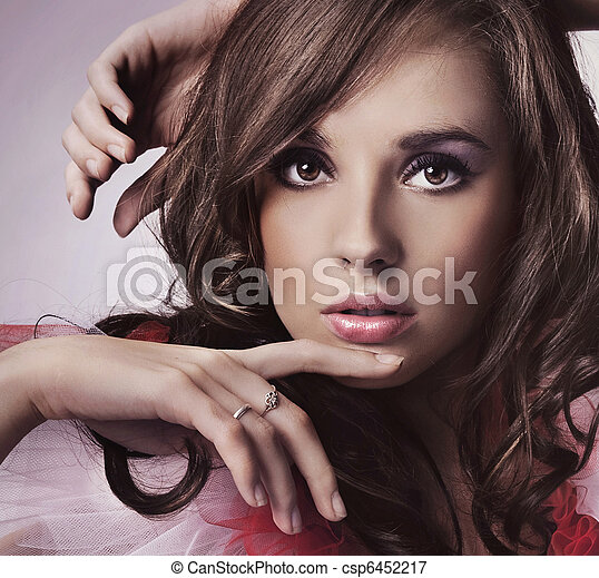 ritratto, brunetta, giovane - csp6452217