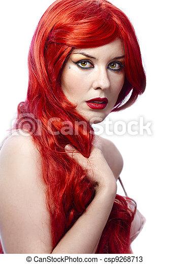 ritratto, sano, giovane, bianco, diritto, fondo, baluginante, donna, isolato, spagnolo, acconciatura, capelli, closeup, lungo, rosso, bello, elegante - csp9268713