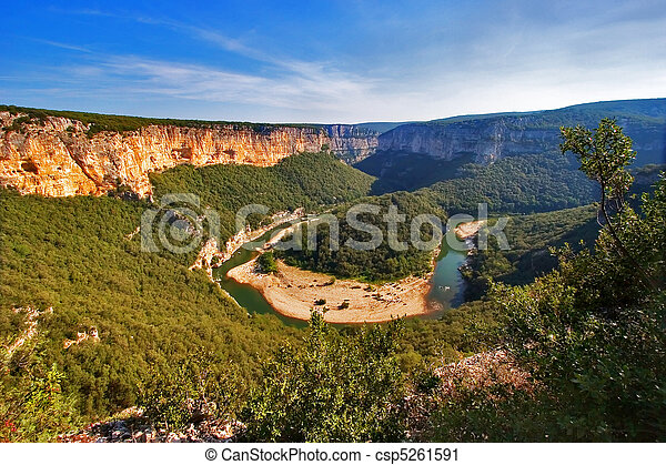 River canyon in Provence. - csp5261591