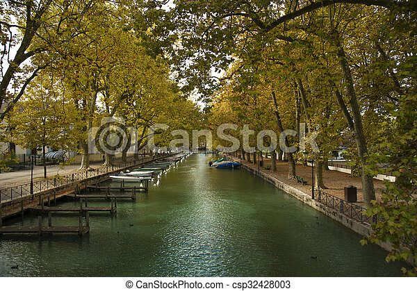 Riverside in Annecy canal - csp32428003