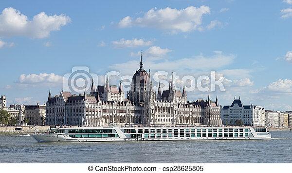 rivière, budapest, danube, long, croisière - csp28625805