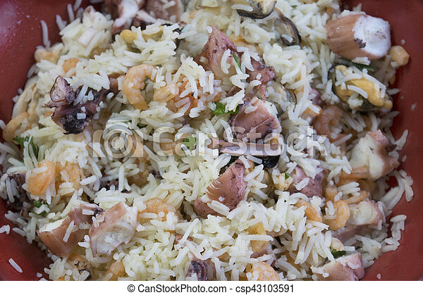 riz basmati, mer, salade - csp43103591