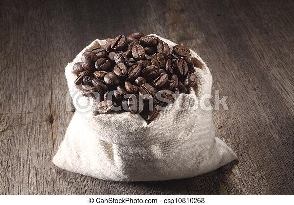 roasted coffee bean - csp10810268