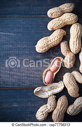 Roasted peanuts frame - csp77756313