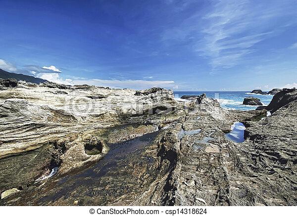 roccioso, linea costiera - csp14318624
