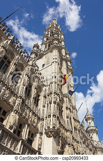 Edificio Maison du roi, gran lugar. Bruselas, Bélgica. - csp20993433