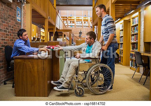 rollstuhl, bankschalter, männlicher student, buchausleihe - csp16814702