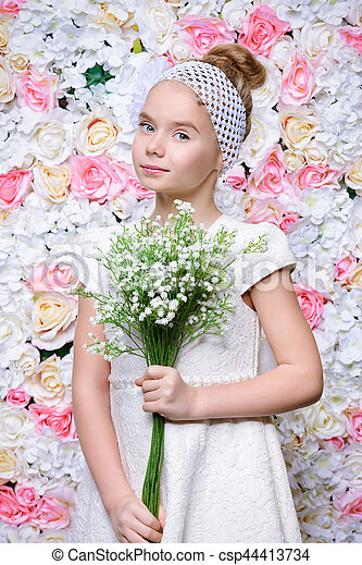 romance, printemps - csp44413734
