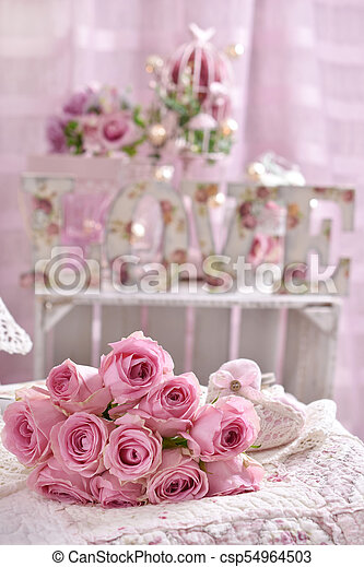 Romantic Pink Rose Bouquet Lying On The Bed Romantic Bunch Of Pink