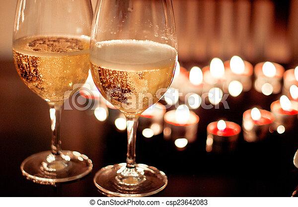 romantyk, dwa, valentine, tło, obiad, okulary, wino - csp23642083