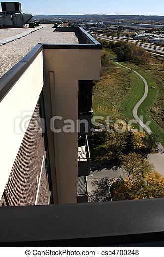 Desde el techo. - csp4700248