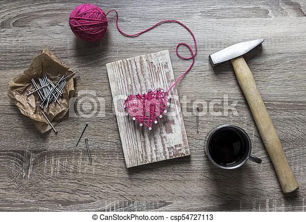 Rosa Herz Geschenk Faden Hölzern Nägel Nagel Lies Fäden