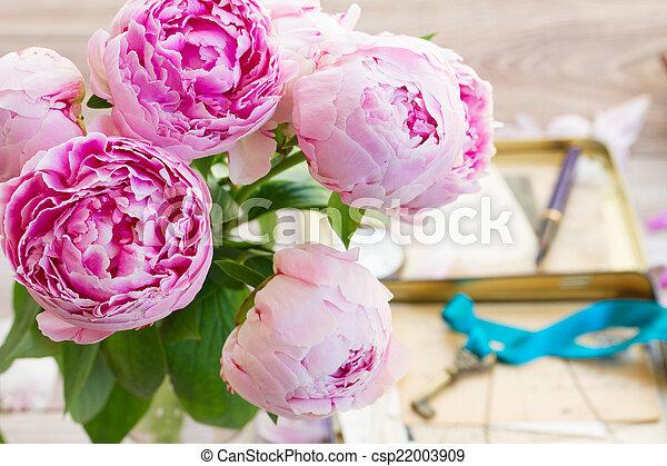 Rosa Pfingstrosen Pfingstrosen Rosa Holzern Blumenvase