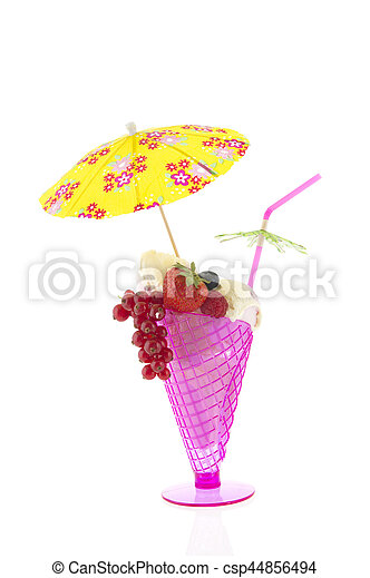 Vidrio rosado con sorbete - csp44856494