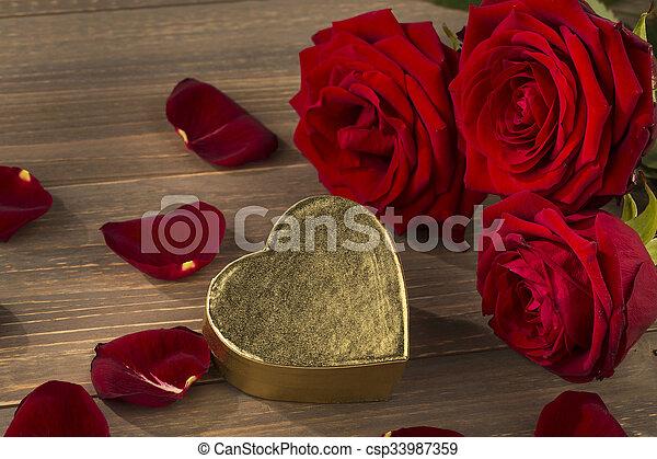 rosas, dia valentine, mãe - csp33987359