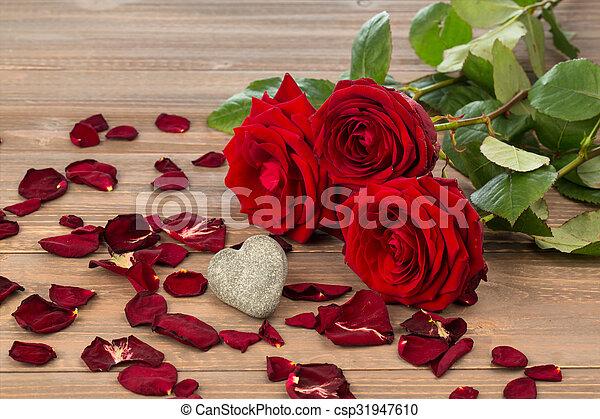 rosas, dia valentine, mãe - csp31947610