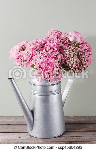 rose gris renoncule boucl pivoine vendange bo te photographies de stock rechercher. Black Bedroom Furniture Sets. Home Design Ideas