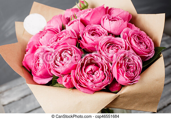 Rose Peony Misty Bubbles Bouquet Flowers Of Pink Roses In Glass
