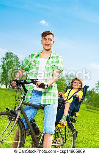 rower, ojciec, syn - csp14965969
